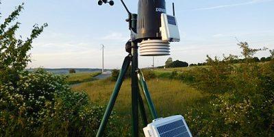 Davis Pro2 Solar Powered Weather Station