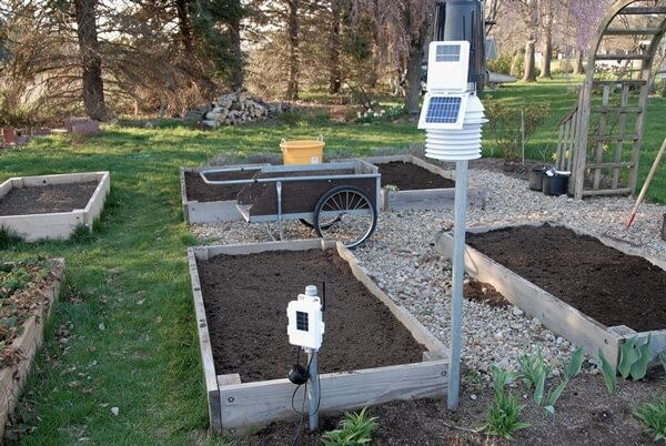 Backyard Weather Station weather stations for gardeners