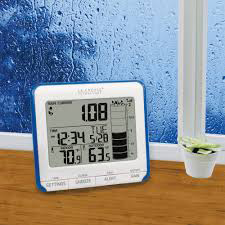 La Crosse Technology digital rain gauge