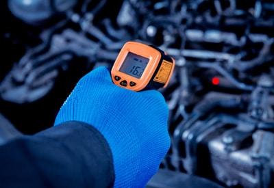 IR thermometer diagnosing vehicle