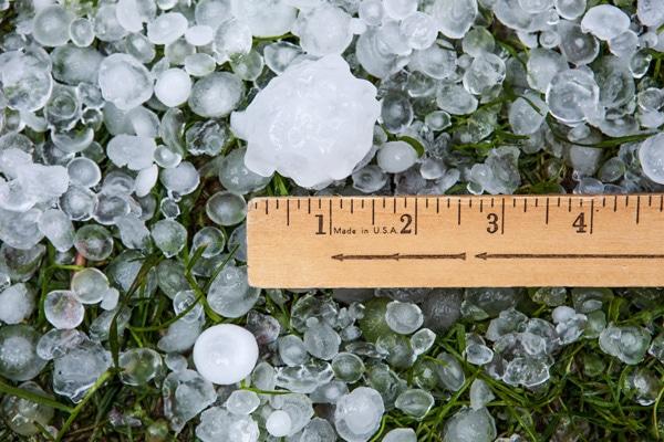 Measuring a hailstone